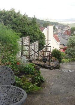 garden flat patio area